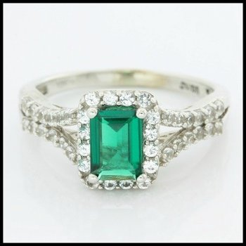 Solid 10k White Gold Emerald Ring Size 8.5