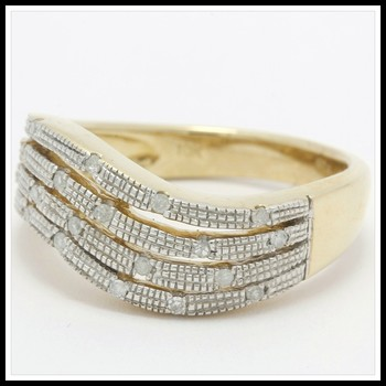 Solid 10K Yellow Gold, 0.10ctw Genuine Diamonds Ring Size 7