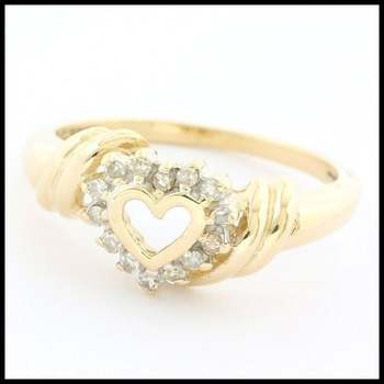 Solid 10k Yellow Gold, 0.15ctw Genuine Diamond Ring sz 7