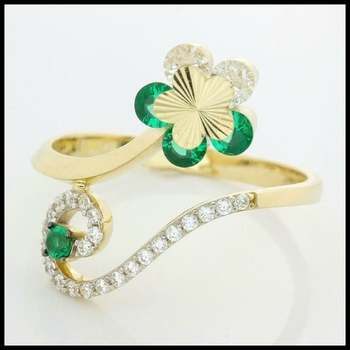 Solid 10k Yellow Gold, 0.25ctw Emerald & 0.25ctw White Sapphire Ring sz 7.5