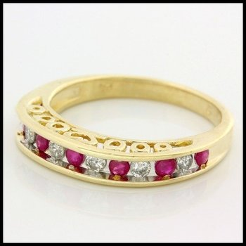 Solid 10k Yellow Gold, 0.25ctw Genuine Diamonds & 0.35ctw Genuine Ruby Ring size 6