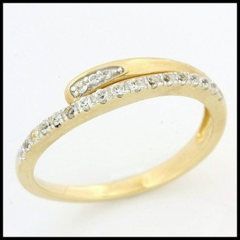 Solid 10k Yellow Gold, 0.35ctw Genuine White Sapphire Ring size 7