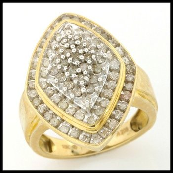 Solid 10k Yellow Gold, 1.00ctw Genuine Diamonds Ring size 7