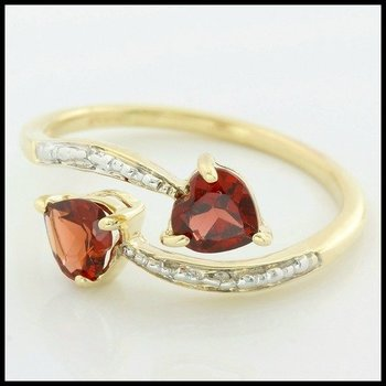 Solid 10k Yellow Gold, 1.27ctw Genuine Garnet & Diamonds Ring size 7.5