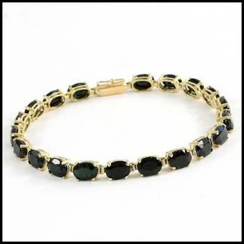 Solid 10k Yellow Gold, 20.0ctw Genuine Onyx Bracelet
