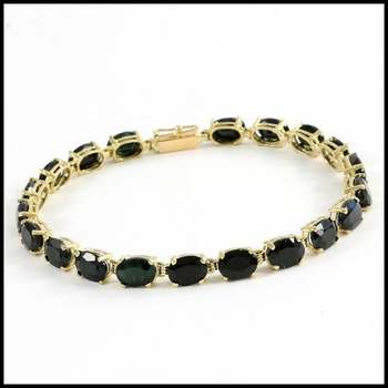 Solid 10k Yellow Gold, 20.0ctw Genuine Onyx Bracelet