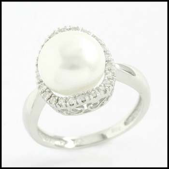 Solid 14k White Gold, 10mm Akoya Pearl & 0.20ctw Diamond Ring Size 7.25