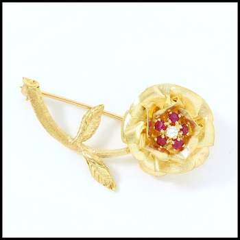 Solid 14k Yellow Gold, 0.07ctw Genuine Diamond &  0.35ctw Ruby Antique 1940's Brooch