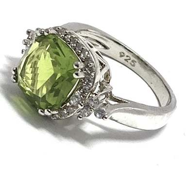 Solid .925 Sterling Silver, 7.25ctw Peridot & 0.20ctw White Diamonique Ring Size 6