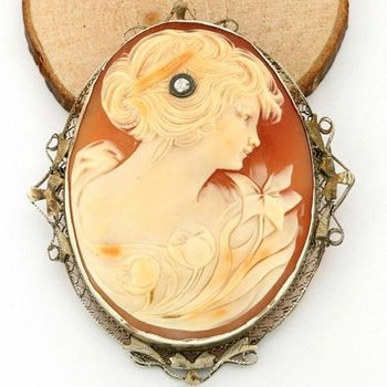 Vintage 14kt White Gold Genuine Diamond Hand Carved Shell Cameo Large Brooch/Pendant