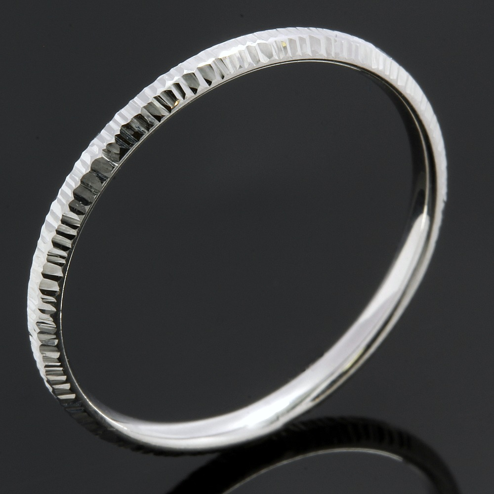 10k white gold diamond cut ring size 7 property room. Black Bedroom Furniture Sets. Home Design Ideas