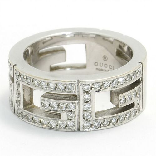 d53cae8988a59 Estate Authentic Gucci Women's 18k White Gold Diamond Cut-Out Band ...