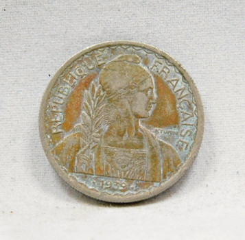 1939 Date Between Dots Variety French-Indo China 20¢