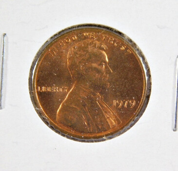 1979 Lincoln Memorial Cent - High Grade with Excellent Detail and Luster - (red)