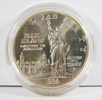 1986-P Liberty/Ellis Island Commemorative Silver Dollar*Uncirculated*In Protective Capsule