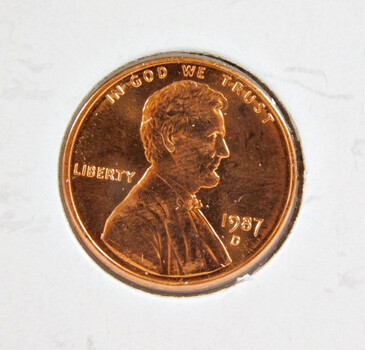 1987-D Brilliant Uncirculated Lincoln Memorial Cent -  (red)