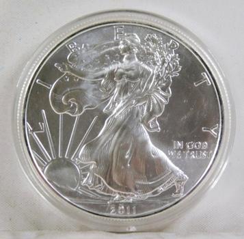 2011 American Silver Eagle*Uncirculated in Protective Capsule*1oz .999 Fine Silver