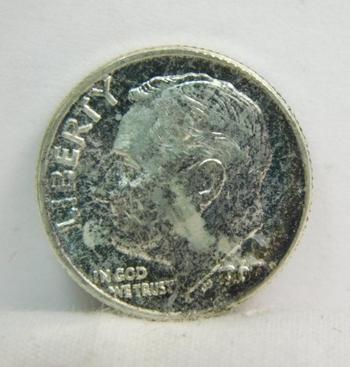 1963 Silver Roosevelt Dime - Excellent detail - Philadelphia Minted - High Grade