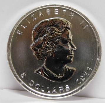2011 Canada $5 Silver Coin - WOLF - One Ounce .9999 Fine Silver