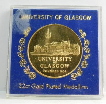"""University of Glasgow 22ct Gold Plated Medallion - In Plastic Holder - Medallion is 1.5"""" Diameter"""