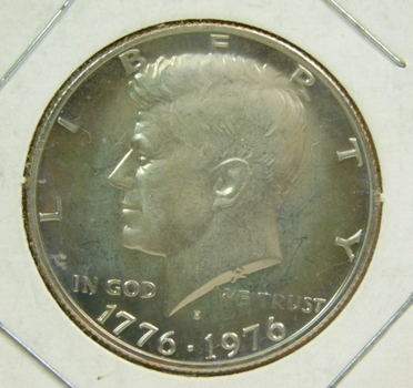 1776-1976-S Proof Kennedy Half Dollar - Excellent Detail and DCAM - Struck in San Francisco