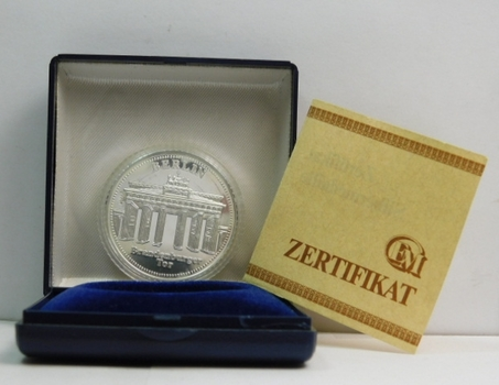 1990 Germany Reunification .999 Fine Silver Commemorative Coin/Medal - Proof Condition in Display Box