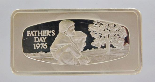 1000 Grain Proof Sterling Silver Bar encased in Acrylic Paper Weight - Father's Day 1976 from the Franklin Mint
