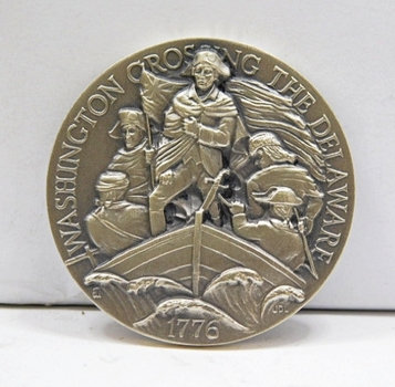 "1.1oz. Silver Medallion Commemorating the 1776 Crossing of the Delaware by George Washington and His Troops - 1.5"" in Diameter"