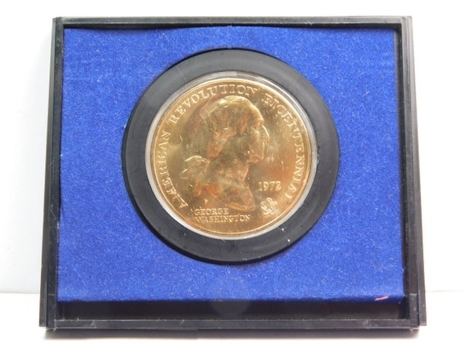 1972 Bicentennial American Revolution Commemorative Medal - Comes in Original Mint Display Box - Slightly Larger Than a Silver Dollar - Bronze