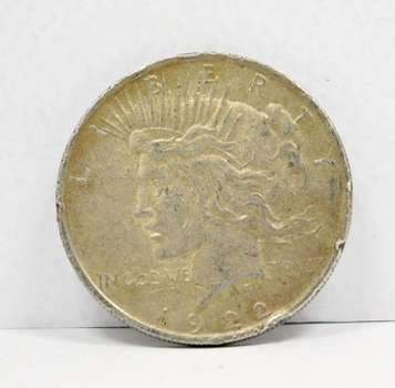 1922 Peace Silver Dollar - Nice Detail - Philadelphia Minted