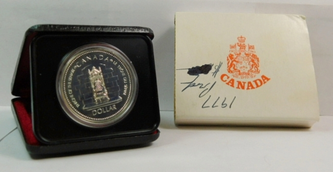 1977 Canada Silver Dollar Commemorating the Queens Silver Jubilee - Throne of the Senate Depicted - Uncirculated Proof-Like Silver Specimen in Original Mint Box - 23.33 g. 0.500 Silver 0.375 oz ASW - In Original Mint Packaging