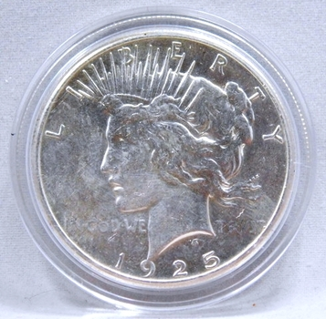 1925 Peace Silver Dollar - Excellent Detail and Luster on a High Grade Coin - Philadelphia Minted