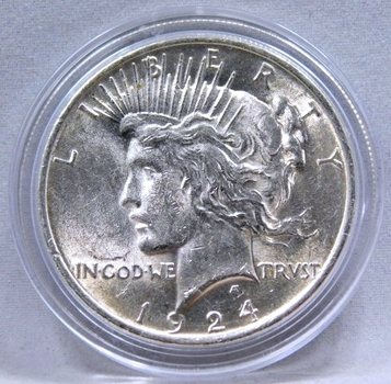 1924 Peace SILVER Dollar - Excellent Detail and Luster in a High Grade Coin - Philadelphia Minted