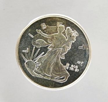 1/4 oz Silver Round with the Design of a Silver Eagle - .999 Fine Silver