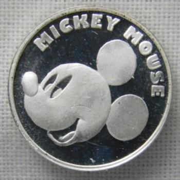 Disney's 1/20th oz. .999 Fine Silver Mickey Mouse Round