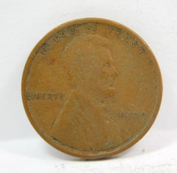 1909 VDB Lincoln Wheat Cent - First Year of Issue - Nice Detail on a Higher Grade Coin- Getting Hard to Find!!