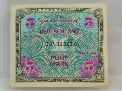 1944 Germany 5 Mark Crisp And Uncirculated Banknote