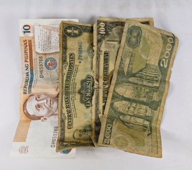 Lot of Four World Banknotes: Philippines, Mexico, and Japanese Government