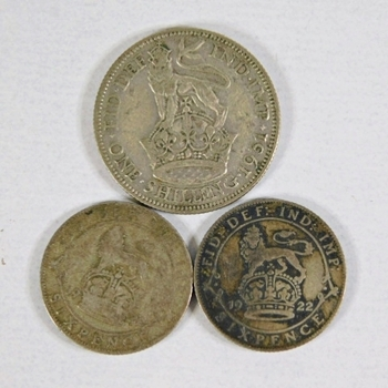 Lot of Three Great Britain Silver Coins: One 1931 Shilling, 1922 Six Pence and 1922 Six Pence