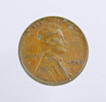 MINT ERROR - 1945 Lincoln Wheat Cent - Die Crack; Filled B in LIBERTY