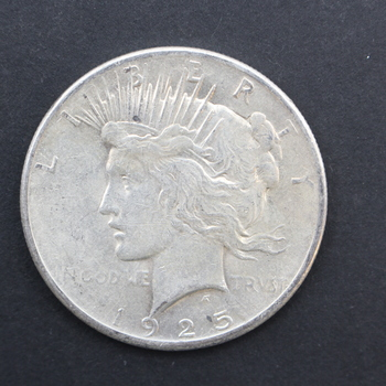 1925-P 90% Silver Peace Dollar (190)