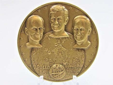 1972 Bronze Apollo 16 Descartes Art Metal Coin (026)