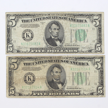 Lot of 2 Series of 1934 C $5 Federal Reserve Notes (20)