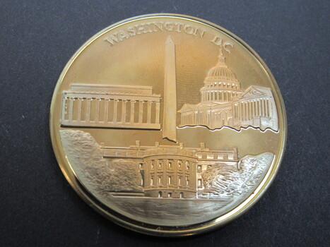 Washington, DC Souvenir Monument and White House Coin