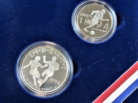 World Cup '94 Commemorative Set Silver Dollar Striker Set in CD Case (009)
