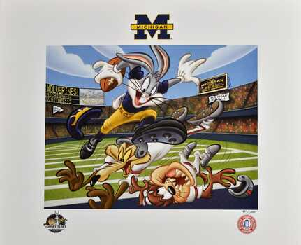 Michigan Wolverines - Touch Down Bugs Bunny