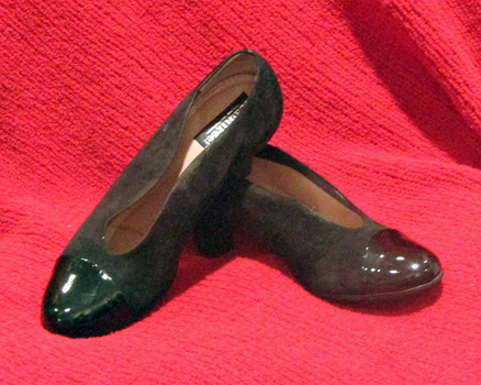 Genuine BeautyFeel Shoes of Israel:  Black Suede/Patten Leather, Size 6.5