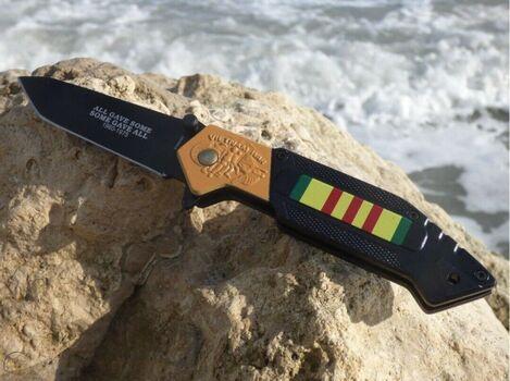 Vietnam War Memorial Commemorative Pocket Knife